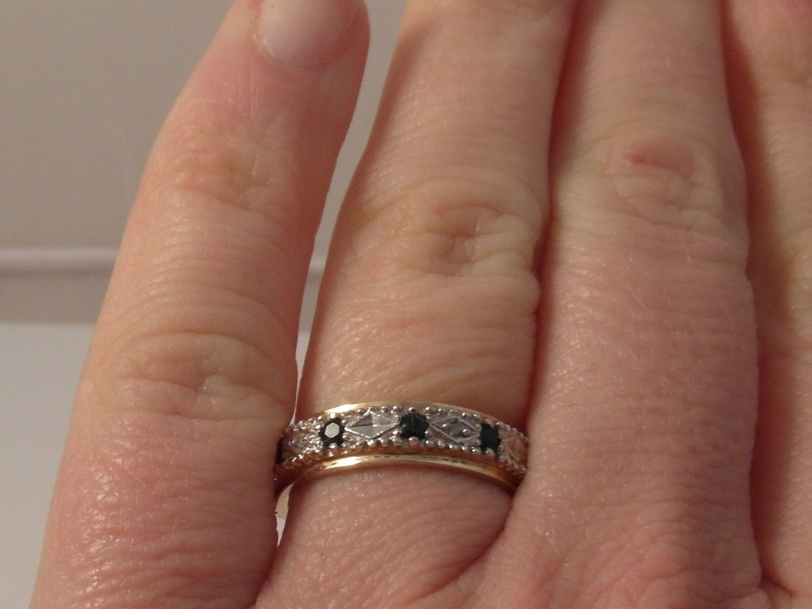 925F LADIES 9CT GOLD SAPPHIRE AND DIAMOND FULL ETERNITY RING SIZE